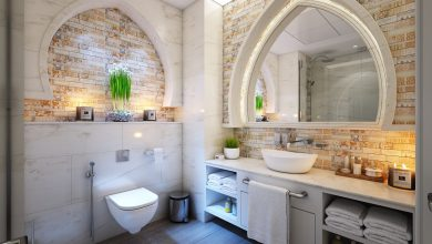 Effective Ways to Keep Your Bathroom Clean and Fragrant