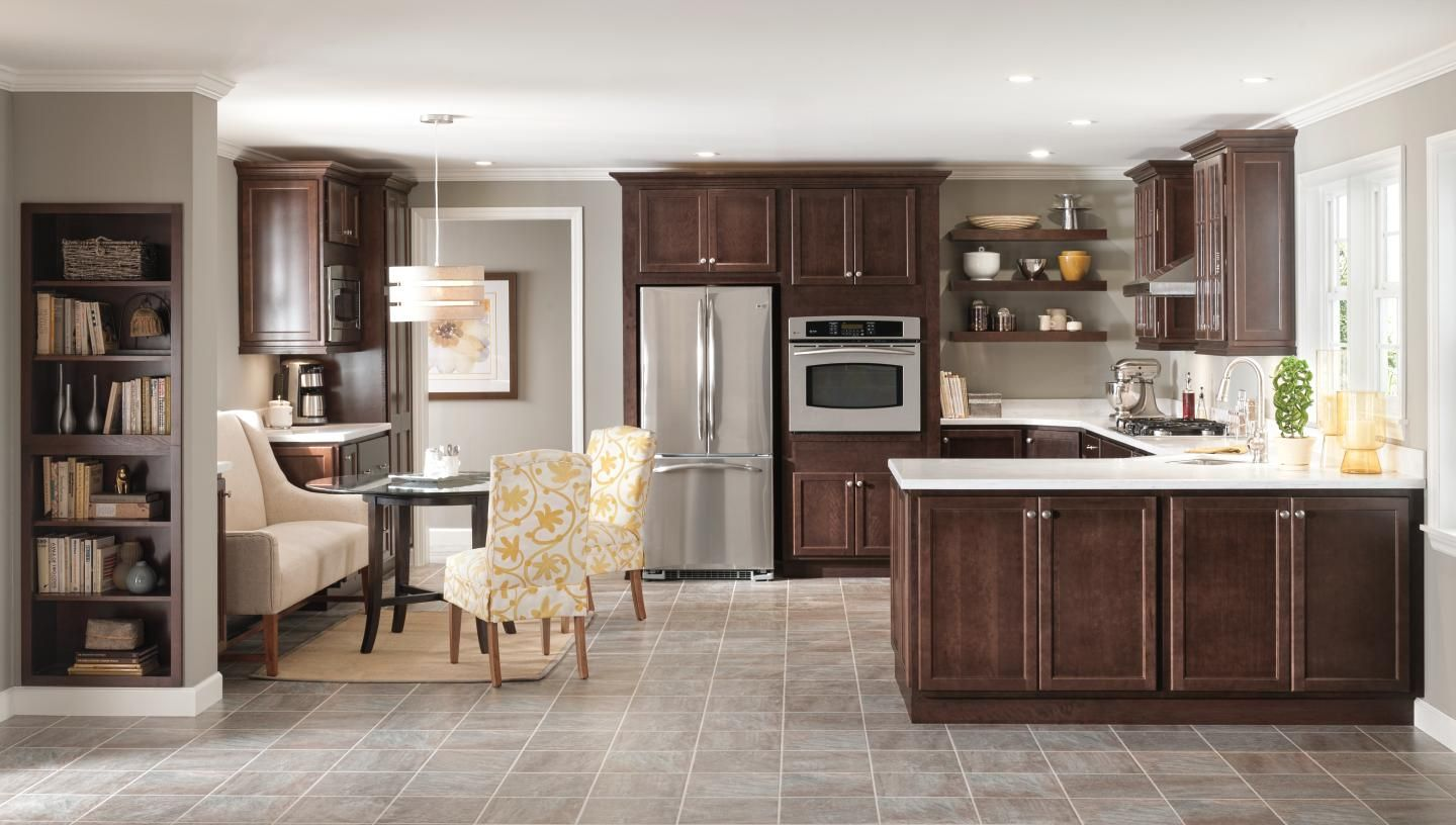 Wood Cabinets That Will Give You a Versatile Kitchen